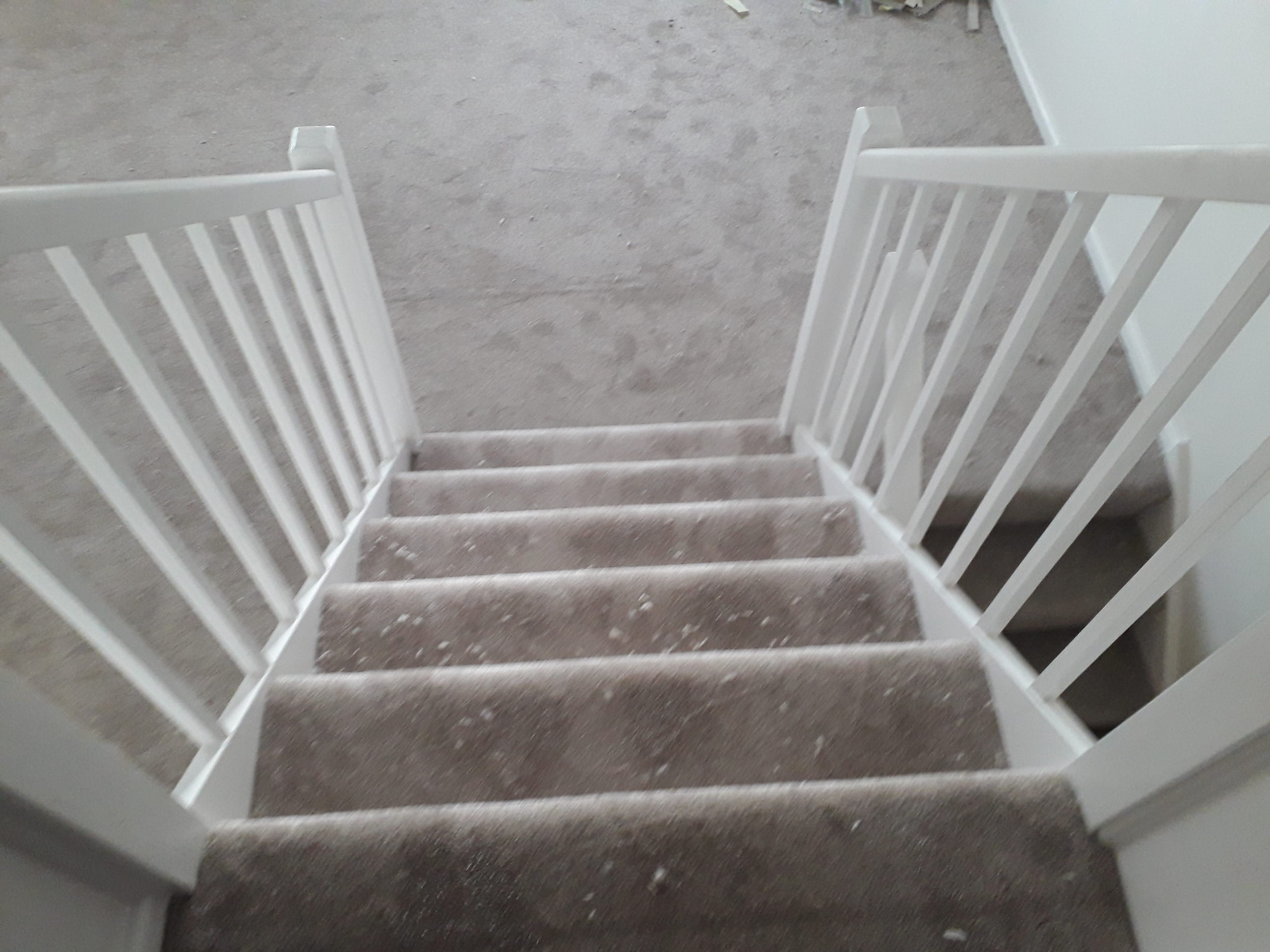 Stair and lounge carpet fitted in Portwrinkle near Torpoint. A nice grey Cormar carpet, one of the best carpet brands around.